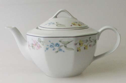 Winterling Röslau Teekanne 1,00 l Dekor floral