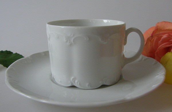 Rosenthal Monbijou weiss Teetasse mit Untertasse 0,15 l