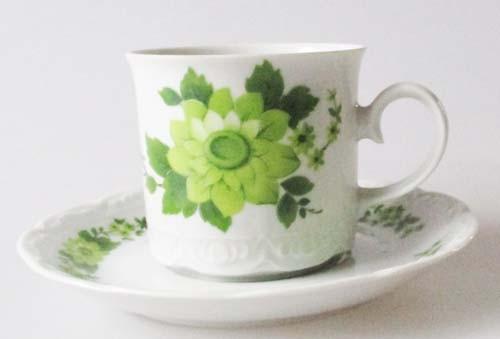 Mitterteich Dekor grüne Blumen Kaffeetasse mit Untertasse