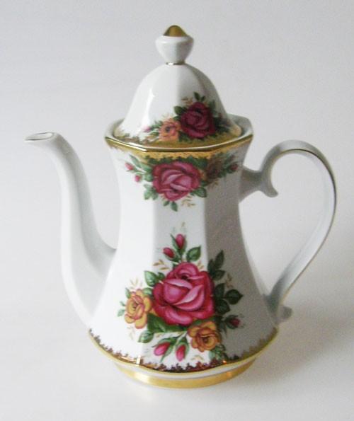 Winterling Rosendekor mit Goldrand Kaffeekanne 0,90 l