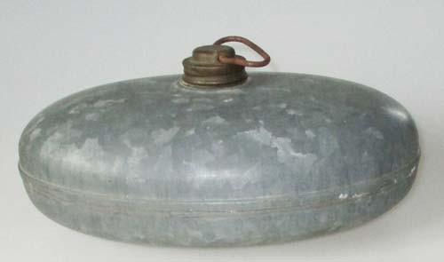 antike Wärmflasche verzinkt
