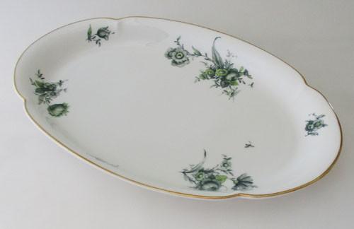 Königl. pr.Tettau Servierplatte mittel 30,5 cm grüne Blumen mit Goldrand