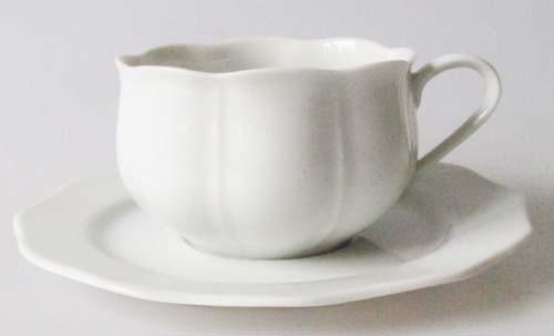Gallo Galerie de Porcelaine Rondo weiß Teetasse mit Untertasse
