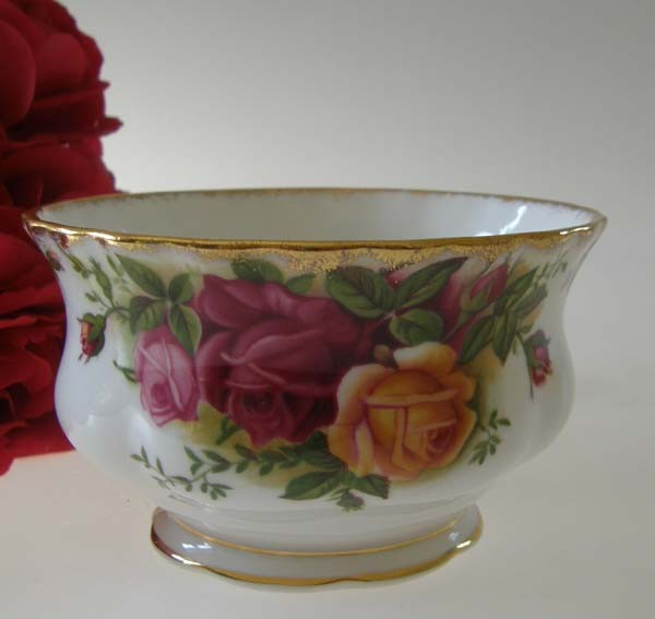 Royal Albert Old Country Roses Zuckerschale 0,20 l