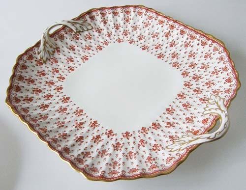Spode Fleur De Lys rot Gebäckplatte mit Griffen 26,5 x 23,5 cm