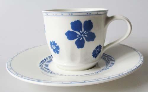 Villeroy & Boch Farmhouse Touch Blueflowers Kaffeetasse mit Untertasse 0,24 l