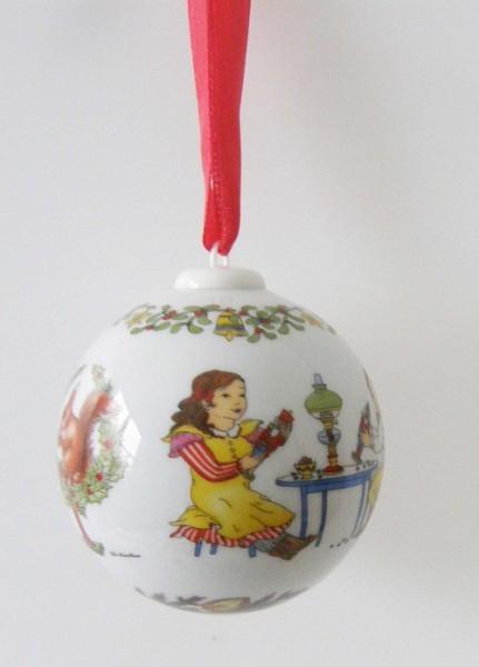 Hutschenreuther Porzellan Weihnachtskugel Nußknacker 2003