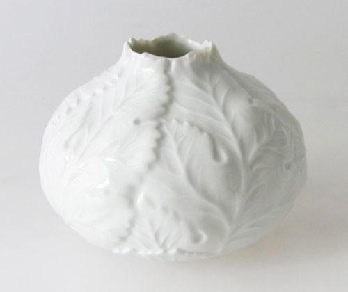 Fürstenberg Vase weiß Höhe 8 cm Blattrelief