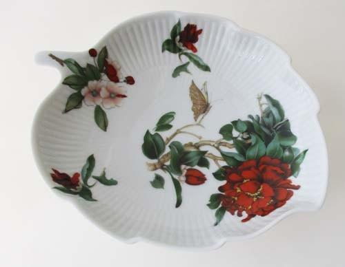 Heinrich Blattschale 19,5x16 cm Blumendekor und Schmetterling