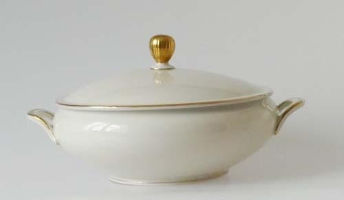 Hutschenreuther Arzberg Schüssel mit Deckel 1,20 l elfenbein mit Goldrand 1685/18
