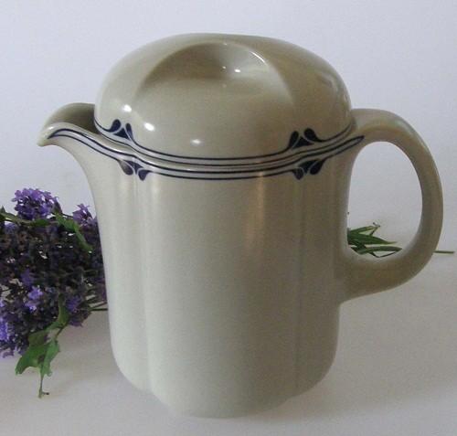 Rosenthal Form ohne Namen Astrid Kaffeekanne 1,00 l