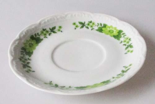 Mitterteich Dekor grüne Blumen Untertasse 14,5 cm, für Kaffeetasse