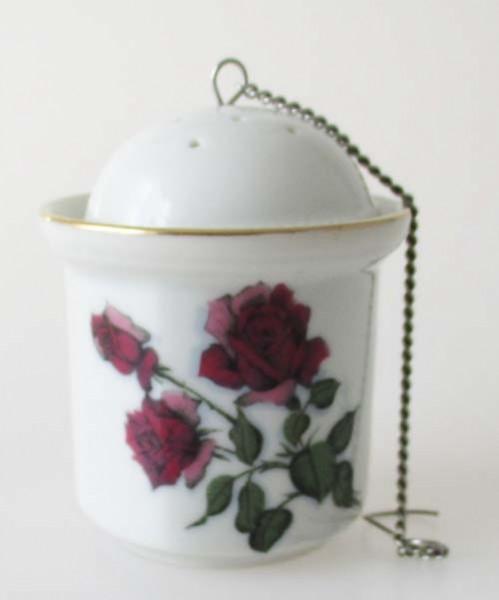 Porzellan Tee Ei mit Napf Höhe 7 cm Dekor Rose und Goldrand