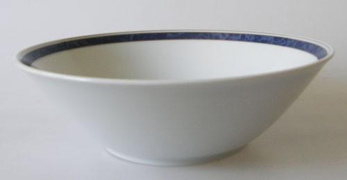 TCM Tchibo Schüssel rund 22,5 cm Randdekor blau-marmoriert und Silberrand