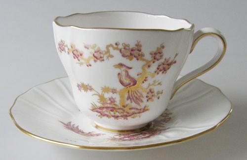 Spode Y 8036 3 Kaffeetasse mit Untertasse Paradiesvogel in lila und Gold