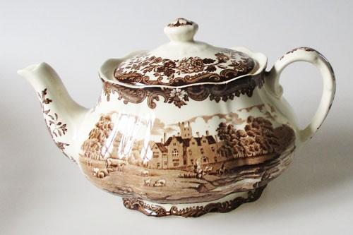 England A Royal Worcester L Avon Scenes Palissy Keramik braun mit Burg Teekanne 1,2 l