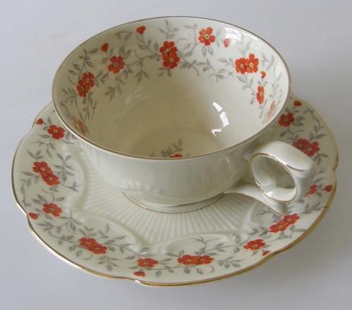 Bavaria Schumann Blumendekor Orange/Goldrand Kaffee-/Teetasse 2-teilig